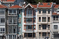 Row of Ottoman wooden houses from the 19th Century, Bebek suburb, Bosphorus, Istanbul, Turkey