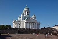 Finland, Helsinki, Helsingfors, Senate Square, Tuomiokirkko Lutheran Cathedral