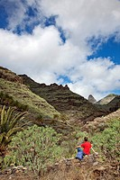 Hiker, Roque de Agando, La Gomera, Canary Islands, Spain