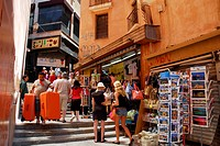 Souvenir shops on the stairway between Placa, Plaza Weyler and Placa Major, Forn del Raco, historic city centre, Ciutat Antiga, Palma de Mallorca, Mal...