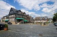 Marktplatz Square with half_timbered houses, Braunfels, Lahn_Dill_Kreis, Hesse, Germany, Europe