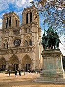 Notre Dame Cathedral and the Charlemagne statue, Ile de la Cite, Paris, France, Europe