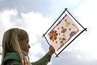 children with blossom picture handicrafts