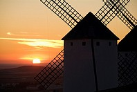 16th century windmill at sunset, Campo de Criptana, Ciudad Real province, Castilla-La Mancha, Spain