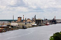Factory at the riverbank, Savannah River, Savannah, Georgia, USA