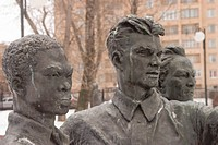 Statues, Moscow's Garden of Fallen Heroes, Moscow, Russia, Eurasia