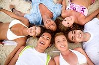 Person,Personen,4,mehr als 4 Personen,People,Leute,Mensch,Menschen,junger Erwachsener,junge Erwachsene,Teenager,Teenie,Teenies,Mann,Maenner,18_20 Jahr...