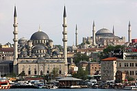 Golden Horn with the New Mosque in front of Hagia Sophia, Istanbul, Tuerkei