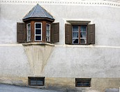 Historic bay window with shutters, Lower Engadin, Graubuenden/Grisons, Switzerland, Europe