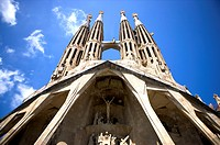 Spain, Catalonia, Barcelona, The church of the Holy Family, Sagrada Familia (thumbnail)