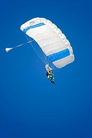 tosome skydiving