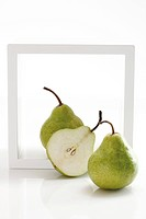 Pears (Pyrus)