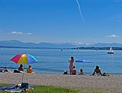 BRD Germany Bavaria Upper Bavaria Tutzing at the Starnberger Lake Holiday Region Recreation Area for Munich Upper Bavarian Watering Lake People at the...