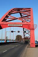 Germany, Duisburg, Rhine, Lower Rhine, Ruhr area, North Rhine-Westphalia, D-Duisburg-Rheinhausen, D-Duisburg-Hochfeld, Rhine bridge between Rheinhause...