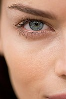 Close_up of a woman's eye