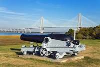 Cannon at Patriots Point Naval & Maritime Museum, Charleston, South Carolina, USA