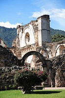 Ruins of the Church of La Recoleccion, destroyed by earthquake in 1700s, Antigua, UNESCO World Heritage Site, Guatemala, Central America