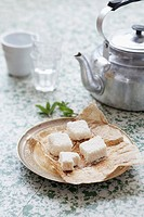 Coconut marshmallows and kettle