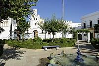 Ortsansicht, Casa Consistorial, öffentliche Bücherei an der Plaza de Santa Maria