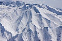 India, Kashmir, Gulmarg, Snow covered mountain scenery
