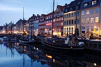 Harbour in winter at dusk, Copenhagen, Denmark, Scandinavia, Europe