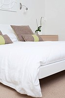 Double bed in bedroom (thumbnail)
