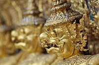 Bangkok (Thailand): Garuda statues at the Wat Phra Kaew