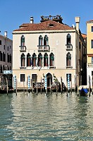 Venetian house with a pier and roof terrace