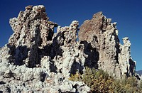 Tufa formation , mono lake , place , California , United Stats of America USA