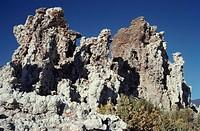 Tufa formation , mono lake , place , California , United Stats of America USA