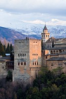 Alhambra seen from San Nicolas with snow covered mountains in the background, Province Granada, Andalucia, Spain