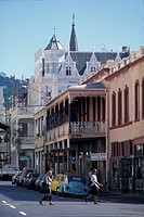 People crossing the Long Street in front of colonial style houses, Capetown, South Africa, Africa