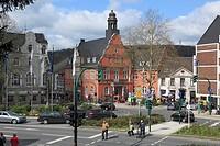 D-Essen, Ruhrgebiet, Nordrhein-Westfalen, NRW, Kulturhauptstadt 2010, D-Essen-Werden, Marktplatz, Werdener Markt, Altes Rathaus, Stadtzentrum, Autover...