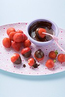 Chocolate_dipped strawberries
