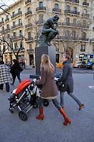 The Thinker (1879-1889) sculpture by Auguste Rodin (1840-1917), temporary exhibition in Rambla de Catalunya, Barcelona, Catalonia, Spain