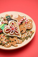 A plate of Gingerbread cookies