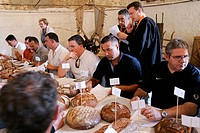 BEST BREAD CONTEST, BREAD FESTIVAL, THE PORTEAU FARM, BEVILLE_LE_COMTE, EURE_ET_LOIR 28, FRANCE