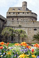 THE MOAT GARDEN, SAINT_MALO, ILLE_ET_VILAINE 35, FRANCE
