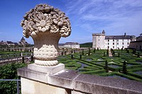 THE GARDENS, ENGLISH STYLE PARK, CHATEAU DE VILLANDRY, INDRE_ET_LOIRE 37, FRANCE
