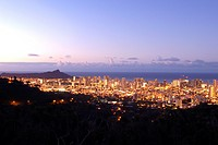 Waikiki and diamond head at sunrise, Honolulu, Oahu, Hawaii, USA