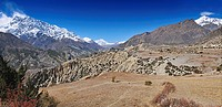 Panoramic landscape in the Annapurnas circuit