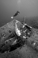 Hilma Hooker Wreck and Diver, Caribbean Sea, Netherland Antilles, Bonaire