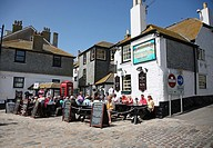 The Sloop Inn pub on the sea front at St  Ives, Cornwall, England