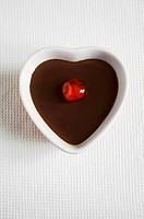 Heart_shaped chocolate pudding