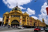 Melbourne _ Flinders Street Station _ Flinders railway station
