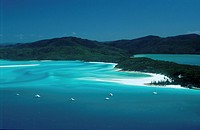 Queensland _ _ Whitsunday island _ Whitehaven beach