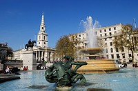 England, London, Trafalgar Square. Fountain in Trafalgar Square, with Church of St Martin_in_the_Fields in the background.