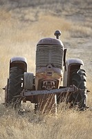 canada, abandoned, saskatchewan, scenic, tractor, old