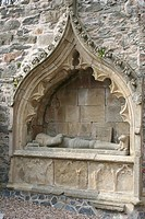 Old tomb of knight, Fordyce, Scotland
