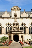 Portico in First Quad, Oriel College, Oxford, England, UK